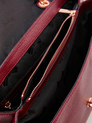 Chain Strap Large Shoulder Bag