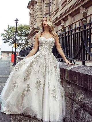 Wedding Dress Naomi