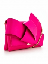 Giant Knot Clutch